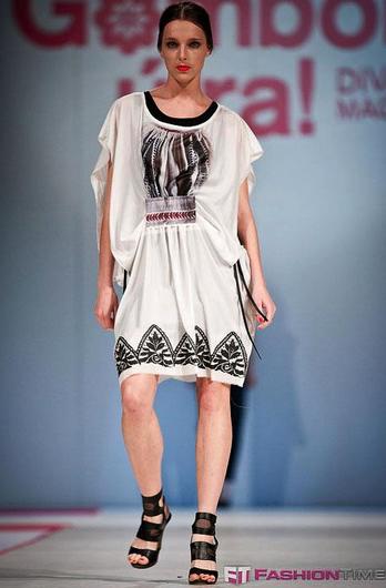 Artista Hungarian Dresses