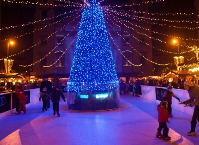 Skate Rink by Budapest Basilica