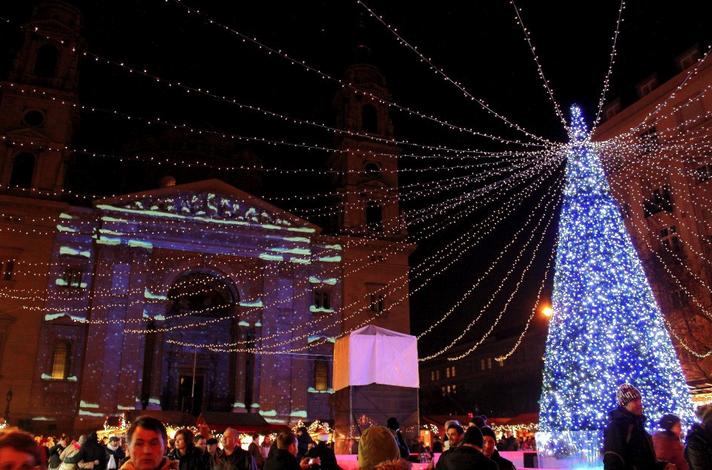 Szt Istvan Bazilika Christmas, Budapest 2012