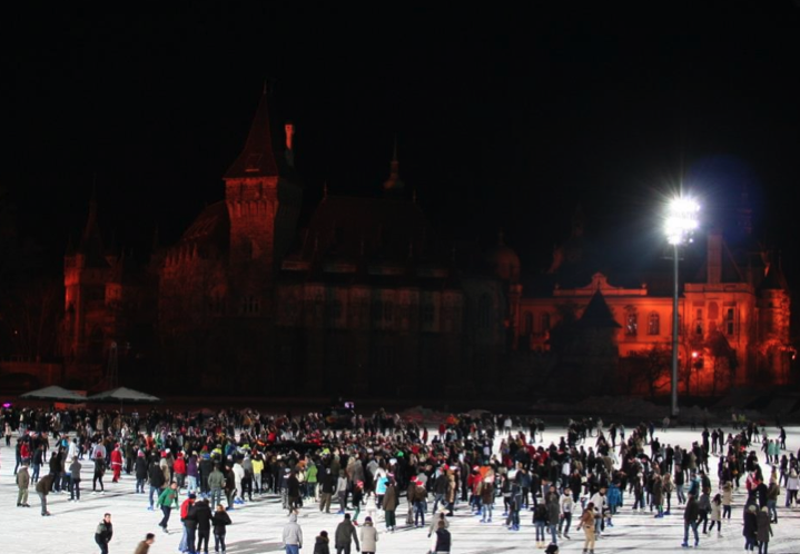Budapest Outdoor Ice Rink in Varosliget