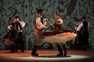 Hungarian folk show December