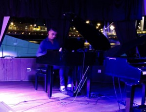 Piano Music on Budapest Christmas Dinner Cruise