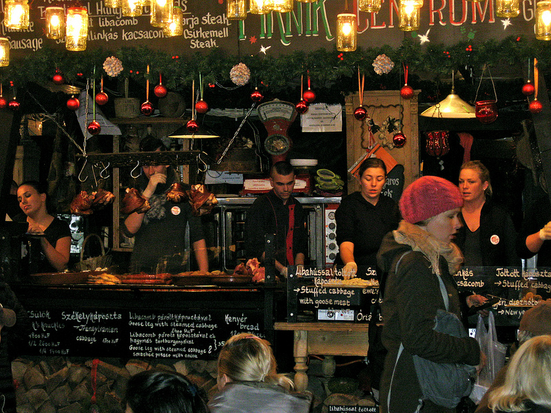 Budapest Christmas Market Drinks and Foods TopBudapestOrg