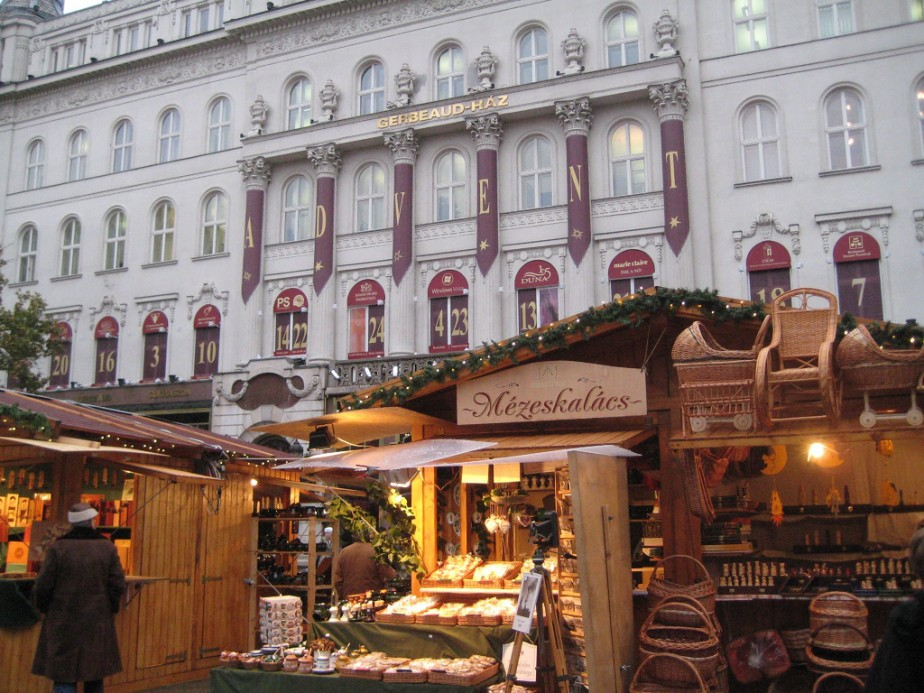 Budapest Christmas Market Facebook Header Winter Sights Hargittai
