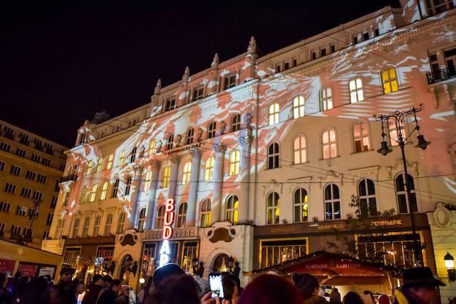 Laser Painting Vorosmarty Square Christmas Market Budapest2
